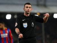 Chi è Oliver, l'arbitro di Atalanta-Valencia che (Buffon dixit) ha un bidone al posto del cuore