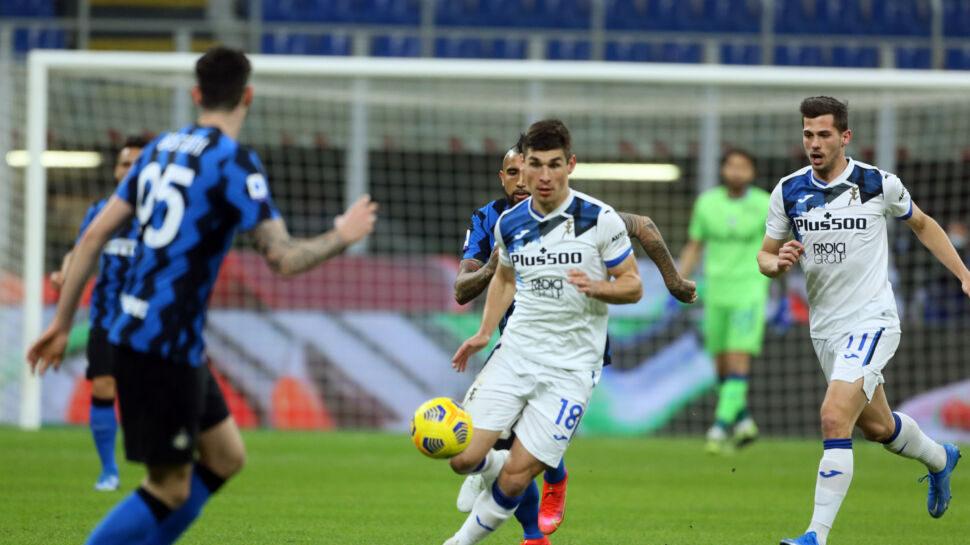 Malinovskyi-Zapata, l'Atalanta da 4-2-3-1 convince a Verona (2-0)